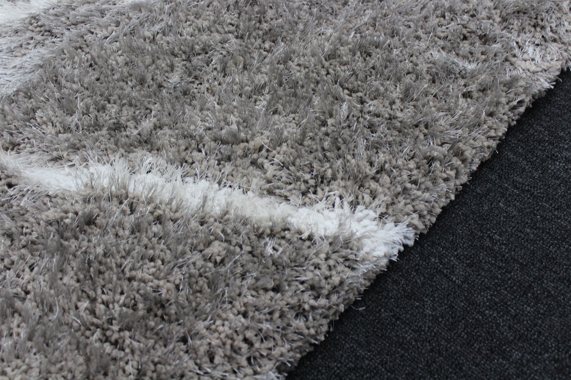 Picture of: Super Soft Extra Thick Kyra Designer Shaggy Rug Grey White 250x350cm Rugs More
